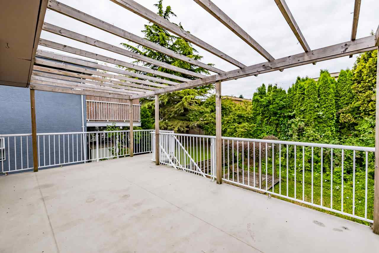 Detached at 867 HABGOOD STREET, South Surrey White Rock, British Columbia. Image 5