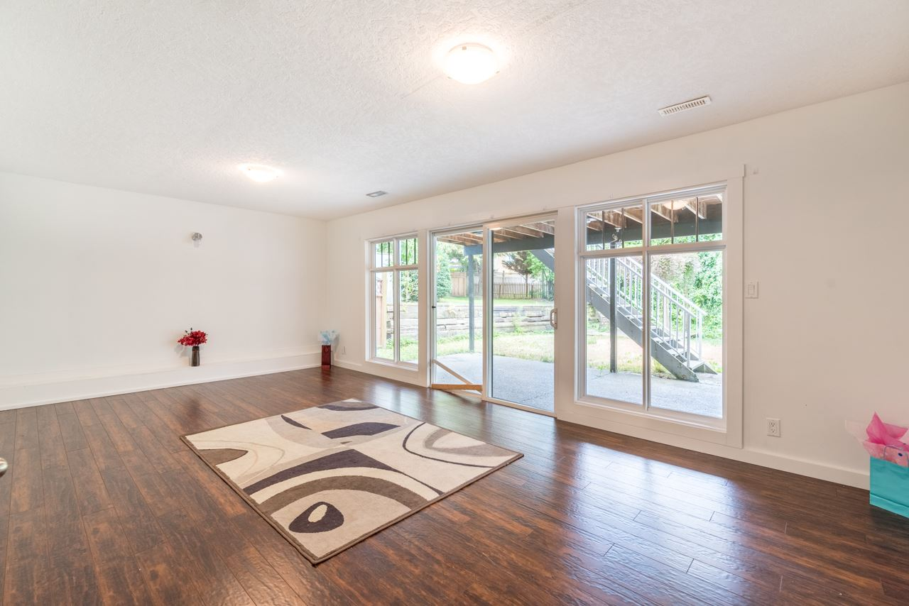 Detached at 867 HABGOOD STREET, South Surrey White Rock, British Columbia. Image 20