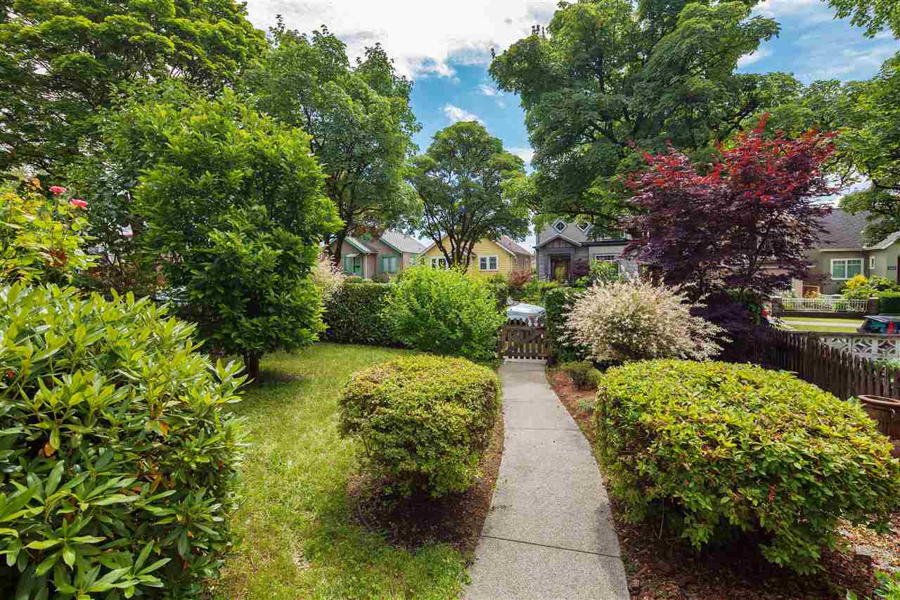 Detached at 2263 E 8TH AVENUE, Vancouver East, British Columbia. Image 20