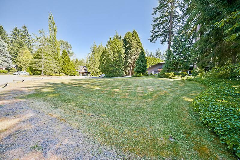Detached at 13432 25 AVENUE, South Surrey White Rock, British Columbia. Image 3