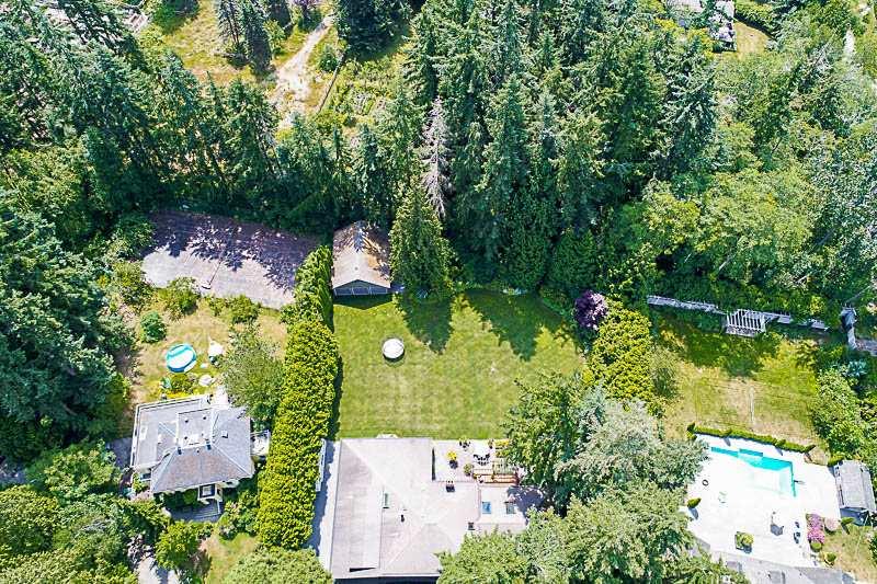 Detached at 13432 25 AVENUE, South Surrey White Rock, British Columbia. Image 19