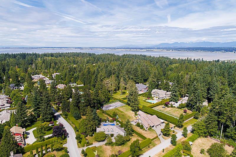 Detached at 13432 25 AVENUE, South Surrey White Rock, British Columbia. Image 20