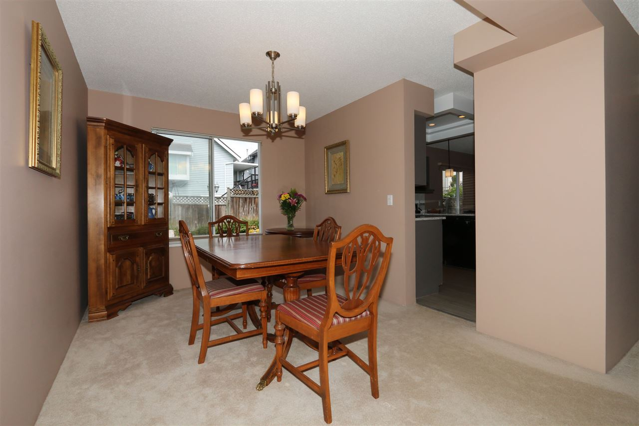 Detached at 2818 WESTLAKE DRIVE, Coquitlam, British Columbia. Image 4