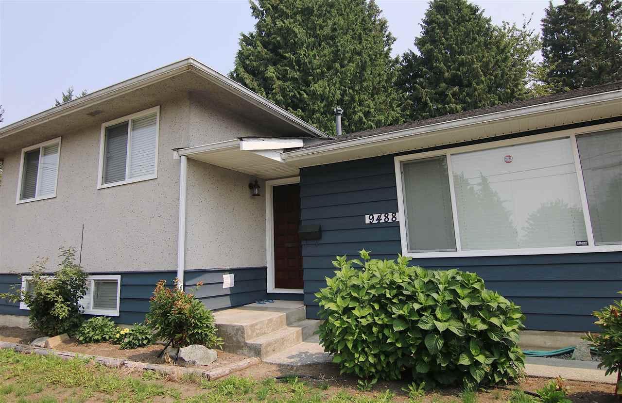 Detached at 9488 115A STREET, N. Delta, British Columbia. Image 2