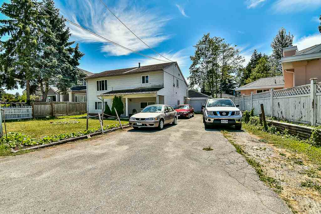 Detached at 13074 OLD YALE ROAD, North Surrey, British Columbia. Image 1