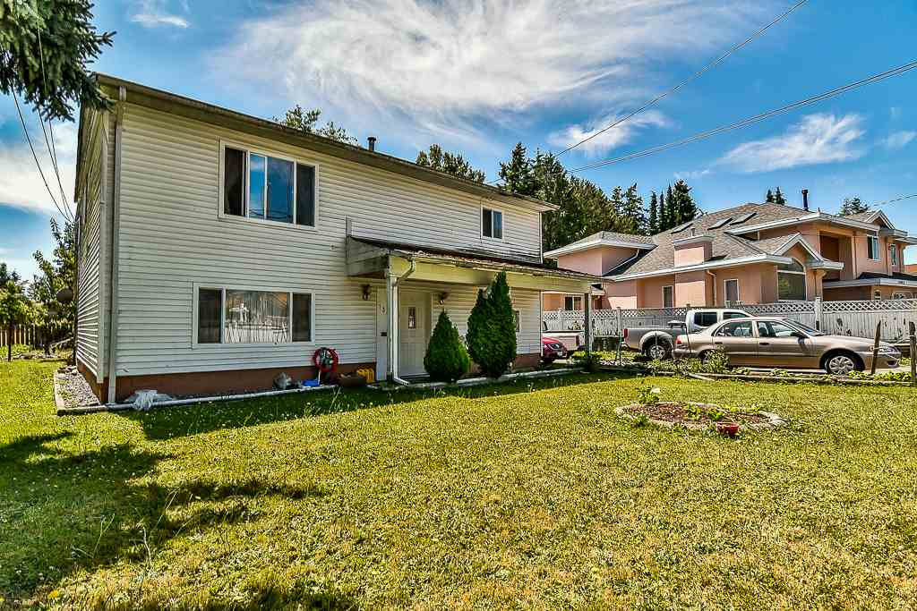 Detached at 13074 OLD YALE ROAD, North Surrey, British Columbia. Image 4