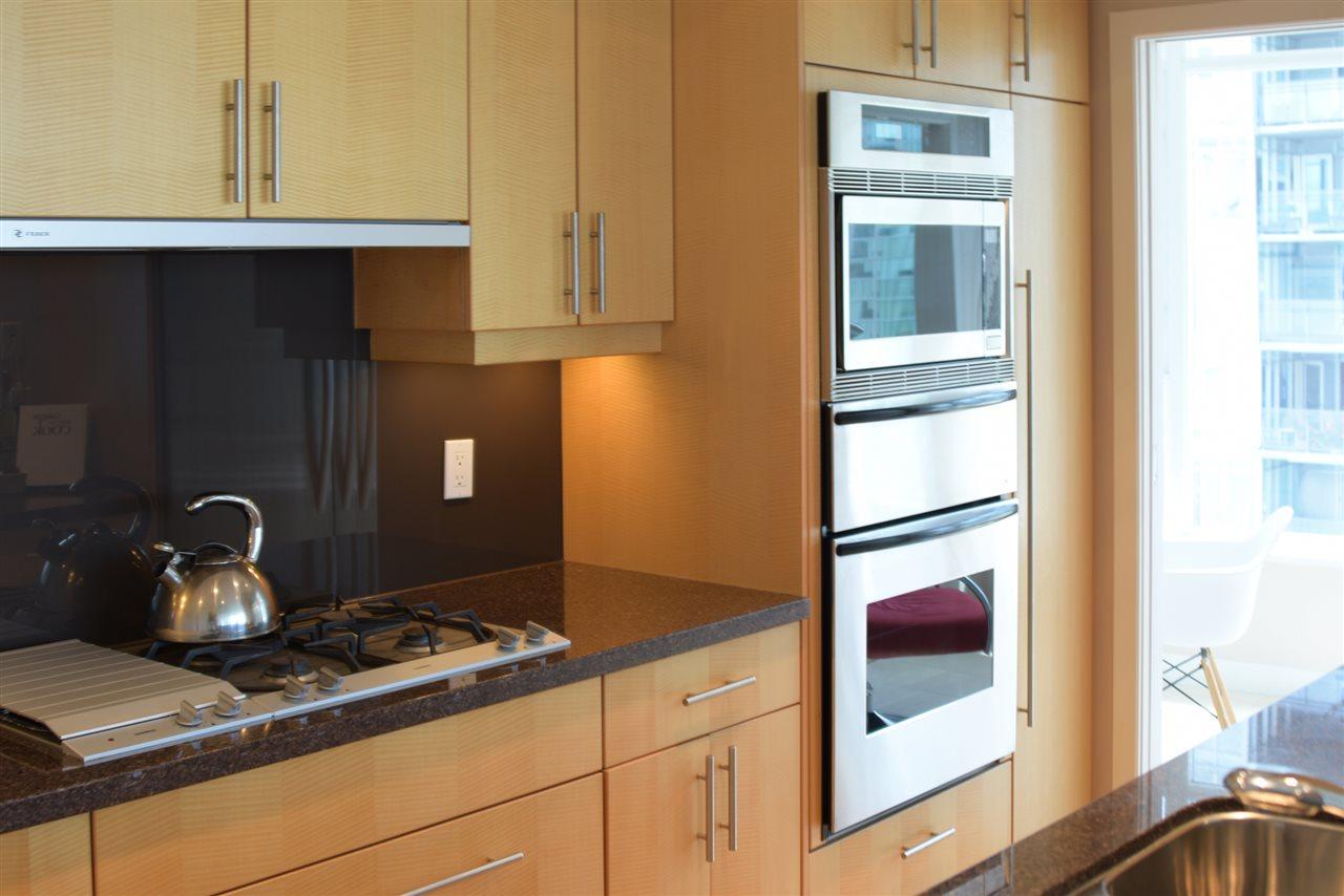 Condo Apartment at 2004 1233 W CORDOVA STREET, Unit 2004, Vancouver West, British Columbia. Image 9
