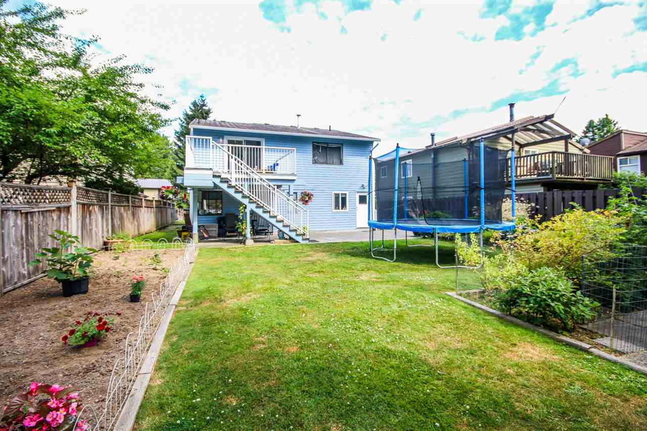 Detached at 1024 HOY STREET, Coquitlam, British Columbia. Image 2