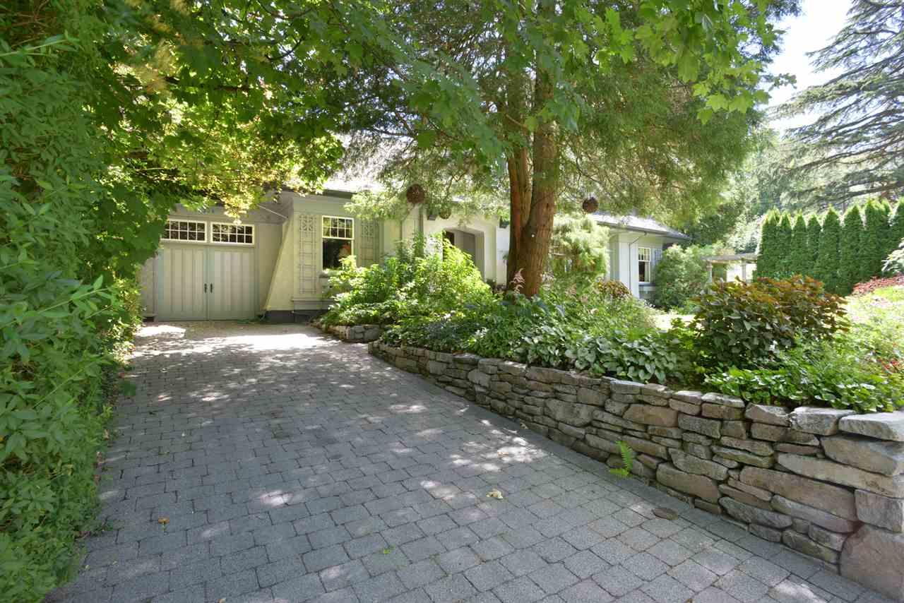 Detached at 4588 MARGUERITE STREET, Vancouver West, British Columbia. Image 16
