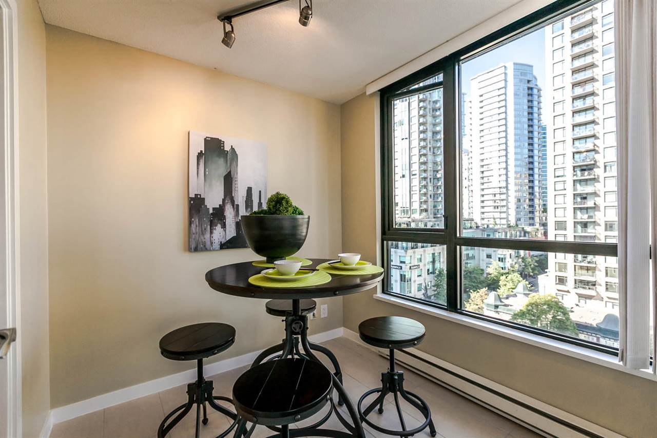 Condo Apartment at 1106 928 HOMER STREET, Unit 1106, Vancouver West, British Columbia. Image 6
