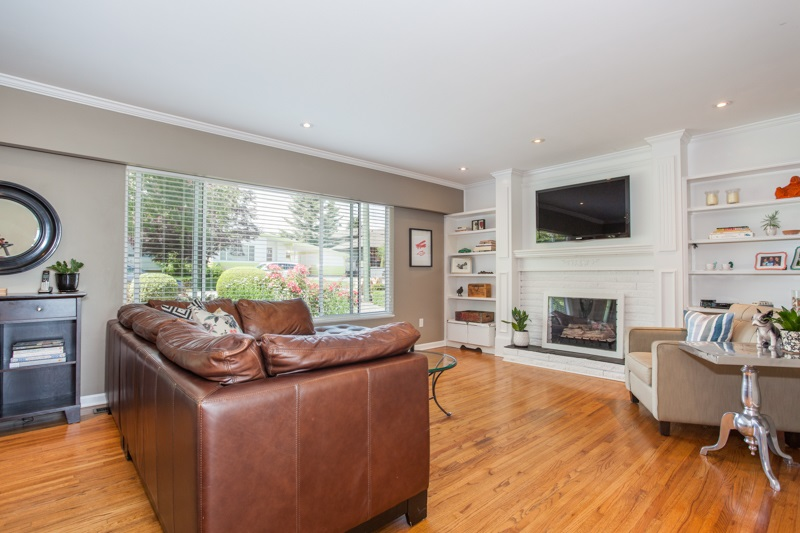 Detached at 1350 MAPLE STREET, South Surrey White Rock, British Columbia. Image 6