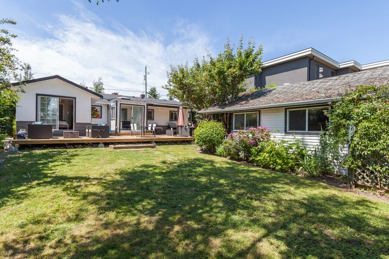 Detached at 1350 MAPLE STREET, South Surrey White Rock, British Columbia. Image 19