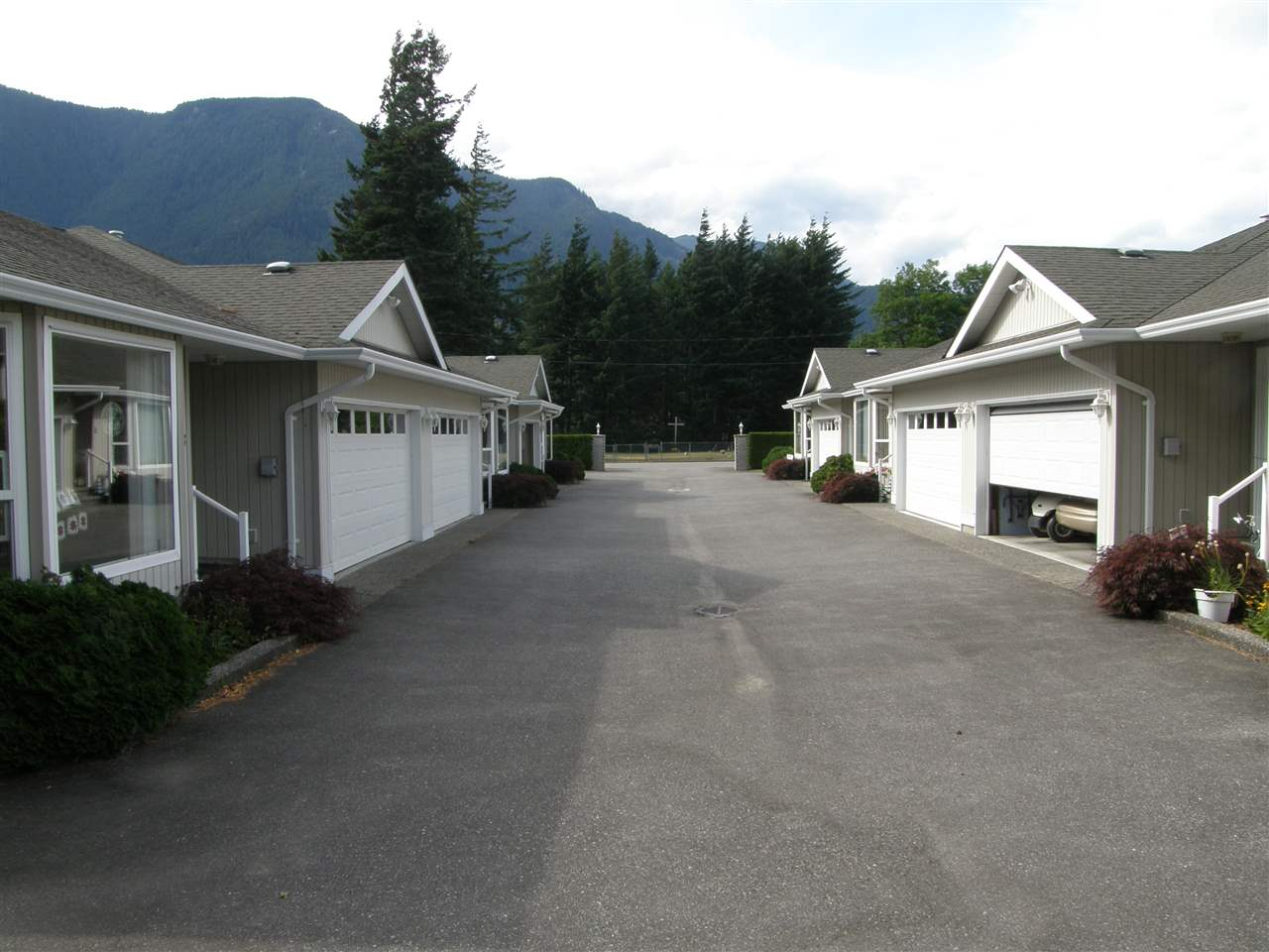 Townhouse at 3 530 COQUIHALLA STREET, Unit 3, Hope, British Columbia. Image 13