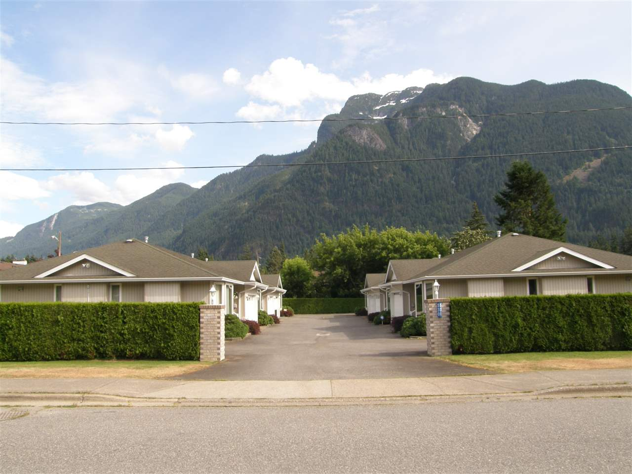 Townhouse at 3 530 COQUIHALLA STREET, Unit 3, Hope, British Columbia. Image 17