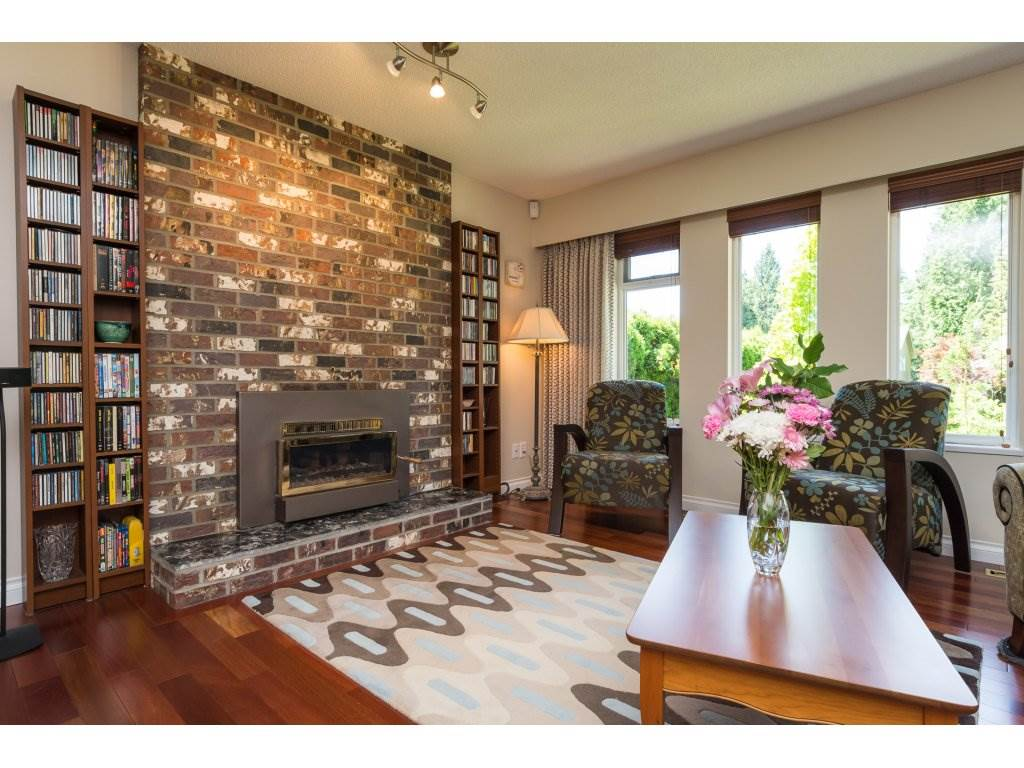 Detached at 2422 123A STREET, South Surrey White Rock, British Columbia. Image 6