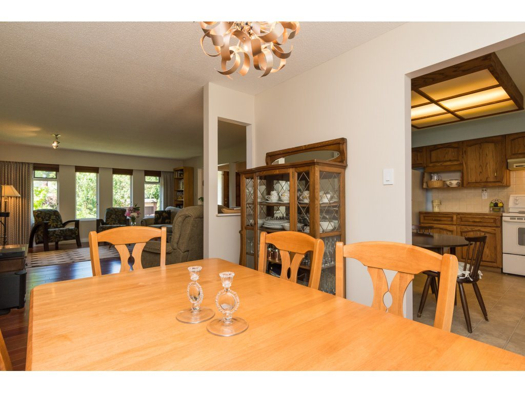 Detached at 2422 123A STREET, South Surrey White Rock, British Columbia. Image 10