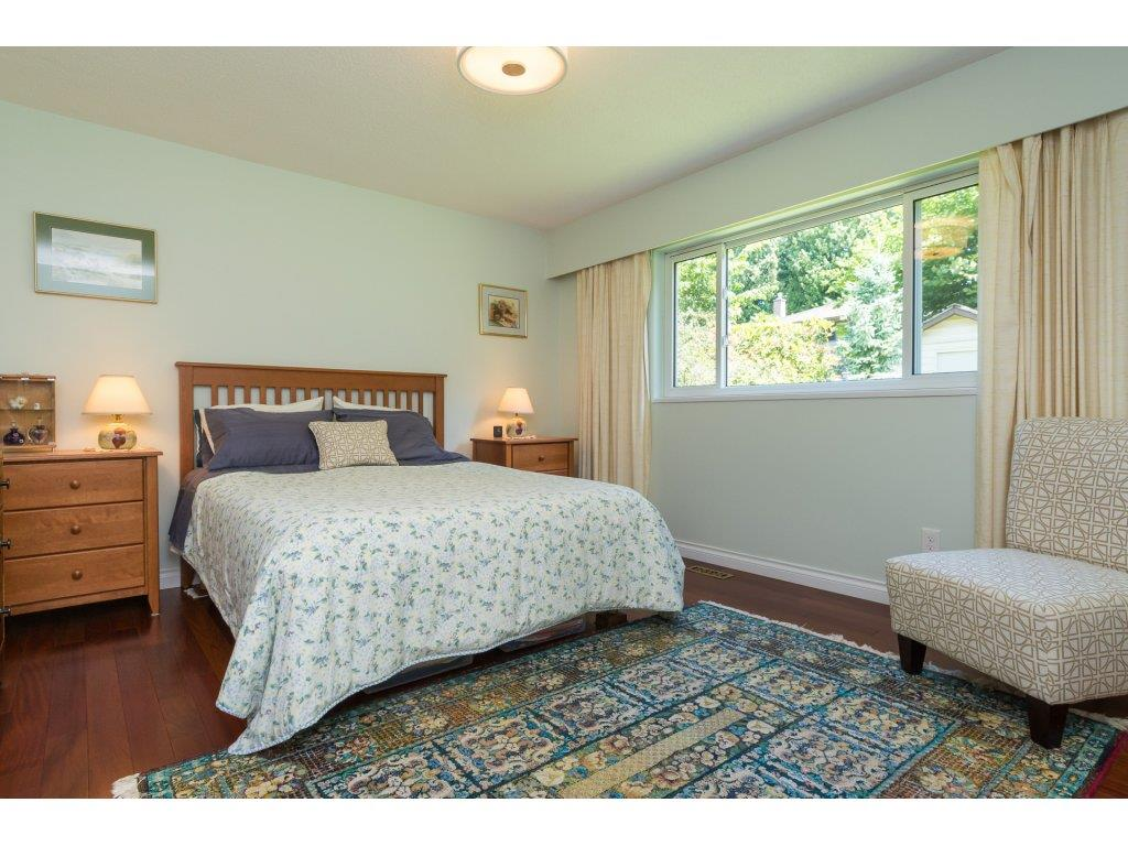 Detached at 2422 123A STREET, South Surrey White Rock, British Columbia. Image 13