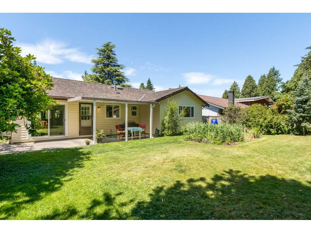 Detached at 2422 123A STREET, South Surrey White Rock, British Columbia. Image 20