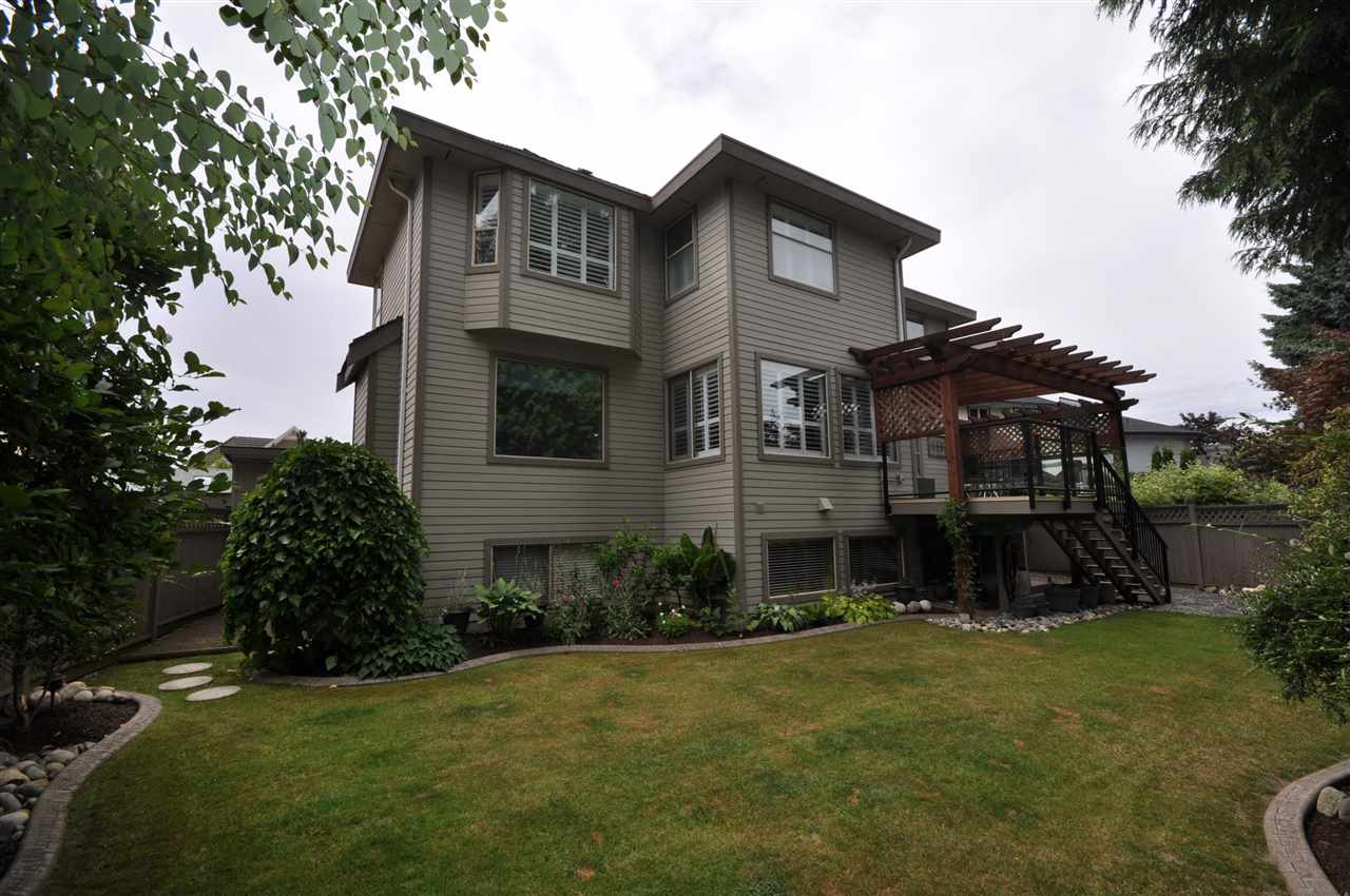 Detached at 10506 SUMAC PLACE, North Surrey, British Columbia. Image 20