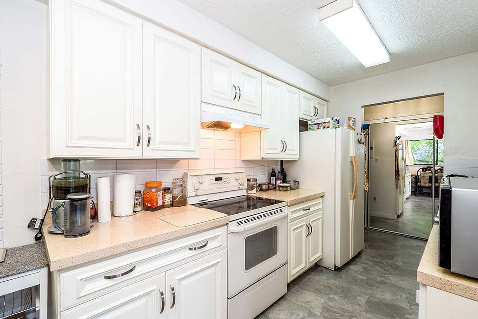 Condo Apartment at 101 441 E 3RD STREET, Unit 101, North Vancouver, British Columbia. Image 10
