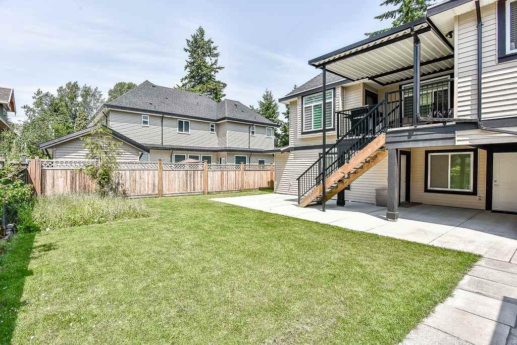 Detached at 10975 145 STREET, North Surrey, British Columbia. Image 19