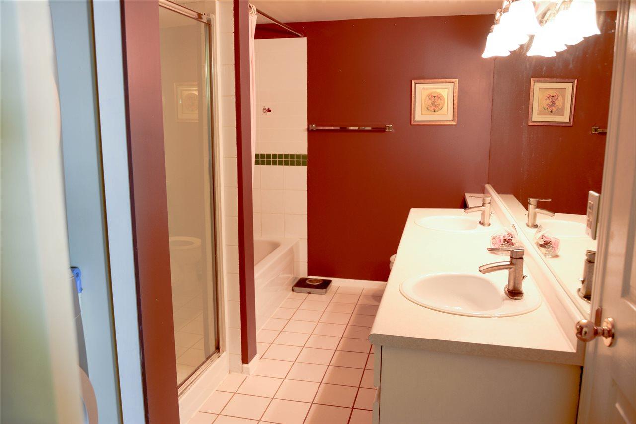 Condo Apartment at 313 3075 PRIMROSE LANE, Unit 313, Coquitlam, British Columbia. Image 15