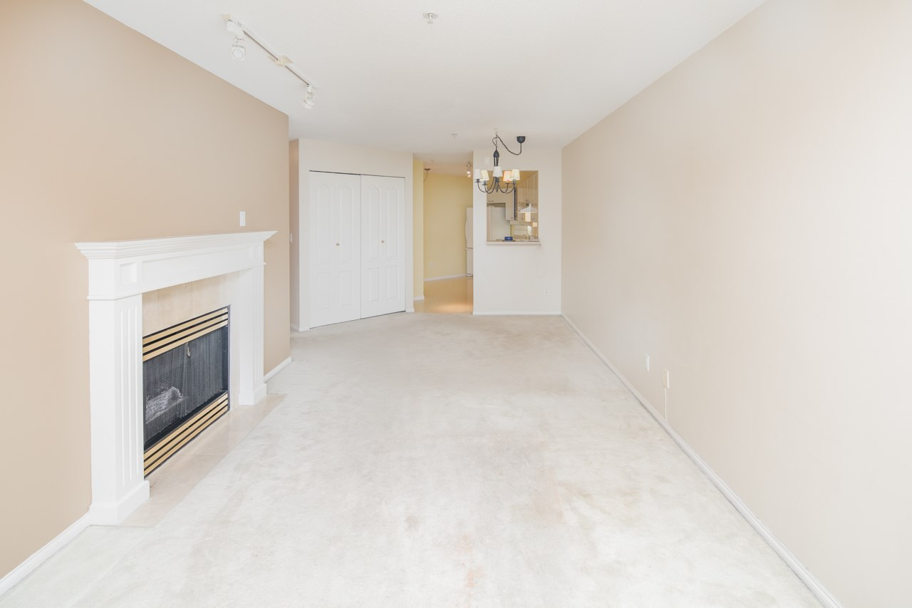 Condo Apartment at 349 5888 DOVER CRESCENT, Unit 349, Richmond, British Columbia. Image 2