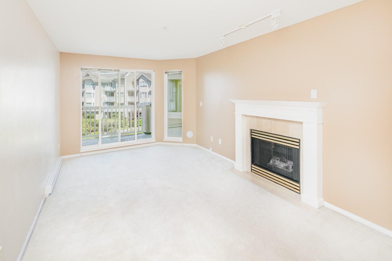 Condo Apartment at 349 5888 DOVER CRESCENT, Unit 349, Richmond, British Columbia. Image 3