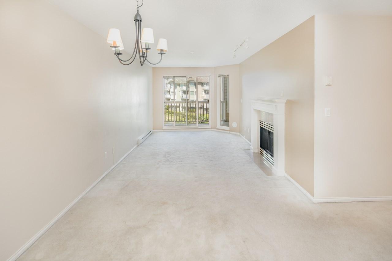 Condo Apartment at 349 5888 DOVER CRESCENT, Unit 349, Richmond, British Columbia. Image 5