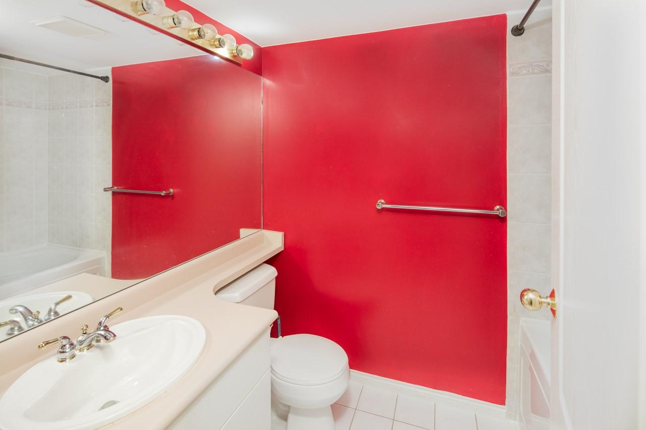 Condo Apartment at 349 5888 DOVER CRESCENT, Unit 349, Richmond, British Columbia. Image 11