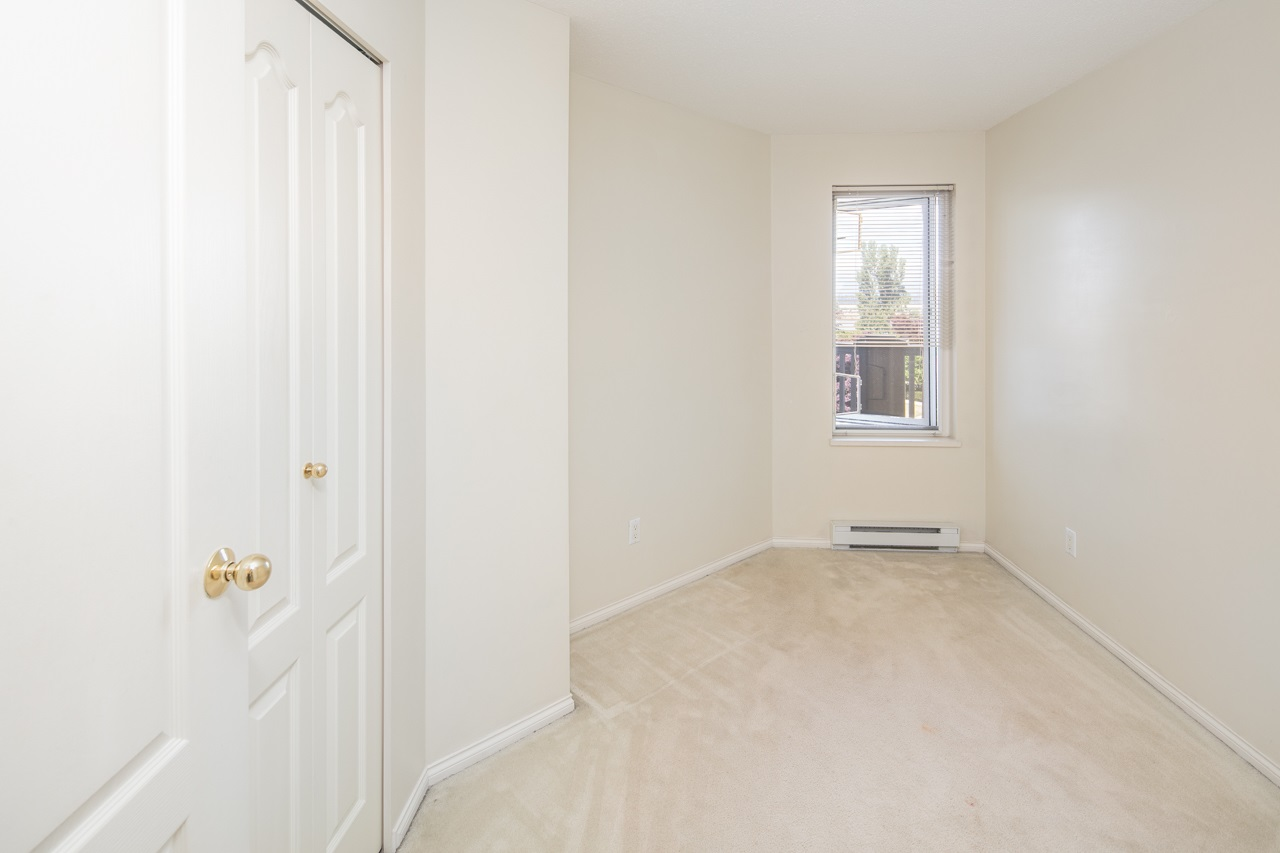 Condo Apartment at 349 5888 DOVER CRESCENT, Unit 349, Richmond, British Columbia. Image 12