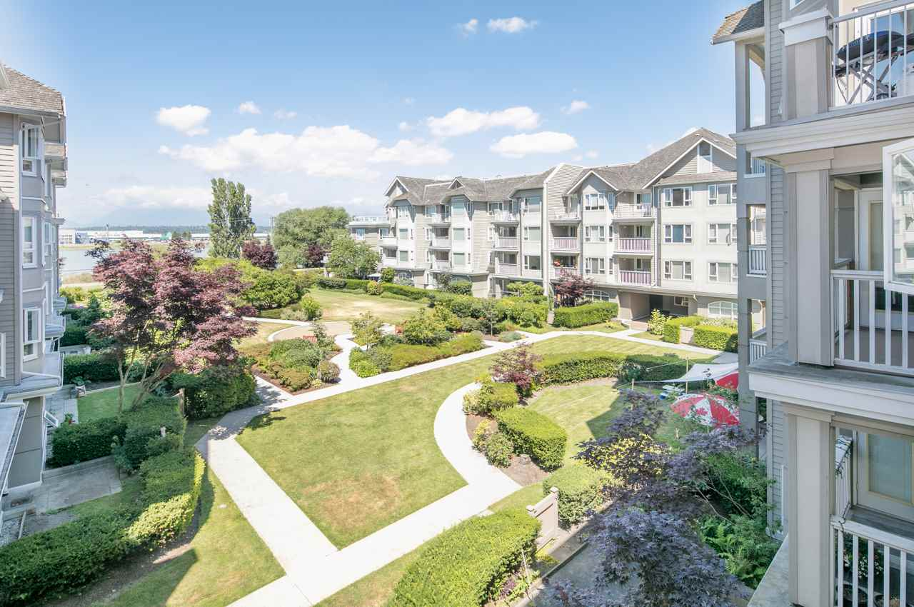 Condo Apartment at 349 5888 DOVER CRESCENT, Unit 349, Richmond, British Columbia. Image 16
