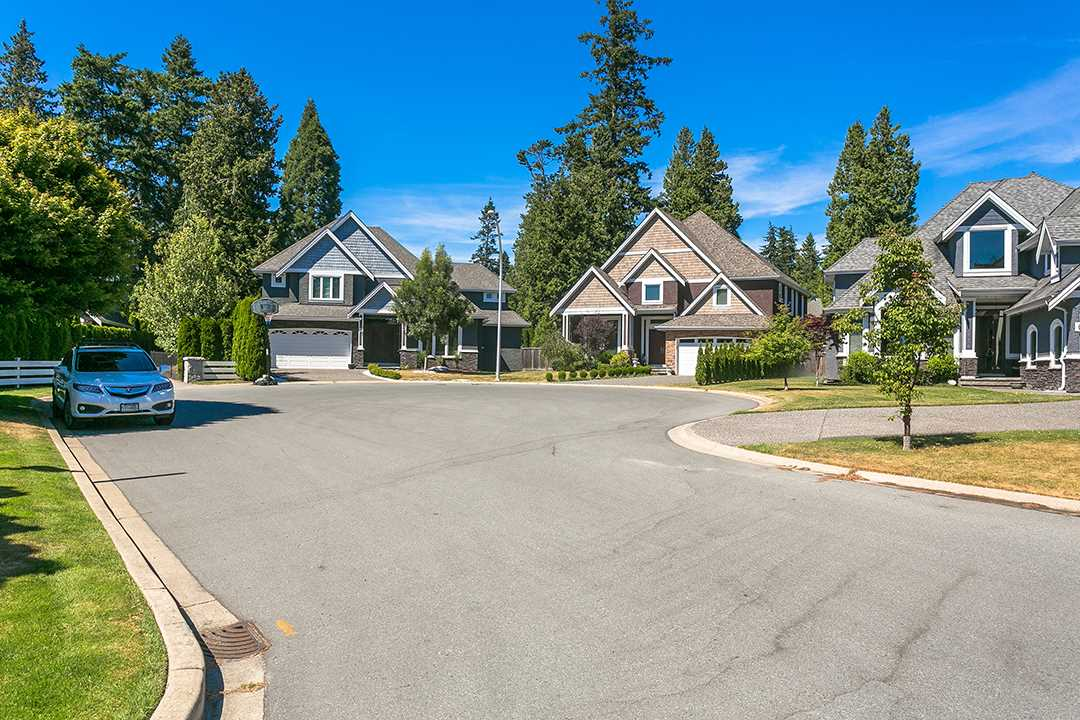 Detached at 2118 INDIAN FORT DRIVE, South Surrey White Rock, British Columbia. Image 1