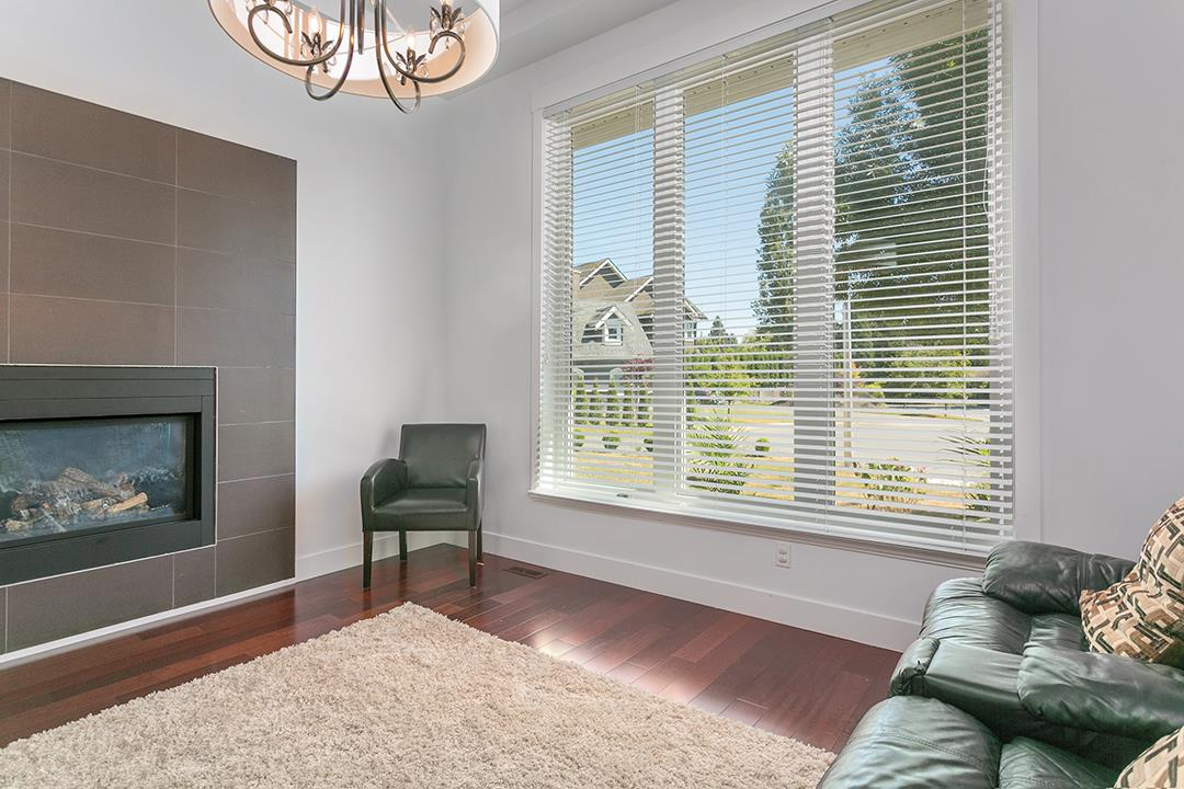 Detached at 2118 INDIAN FORT DRIVE, South Surrey White Rock, British Columbia. Image 7
