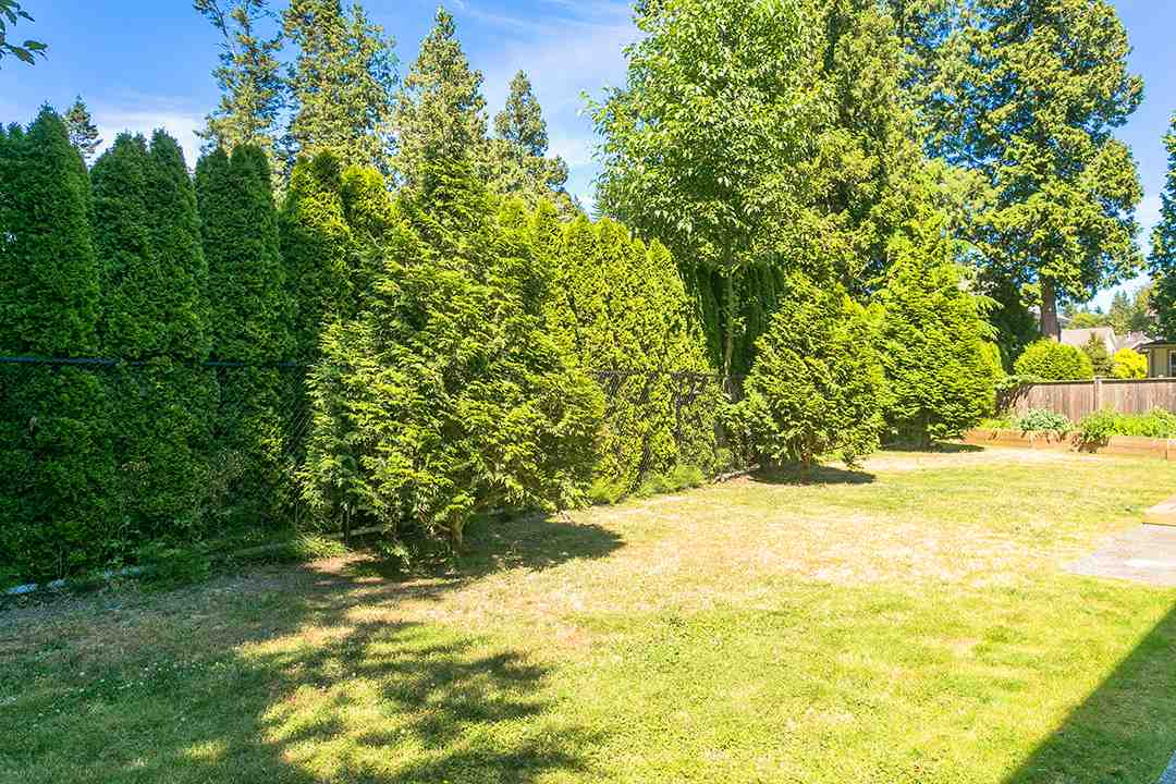 Detached at 2118 INDIAN FORT DRIVE, South Surrey White Rock, British Columbia. Image 11