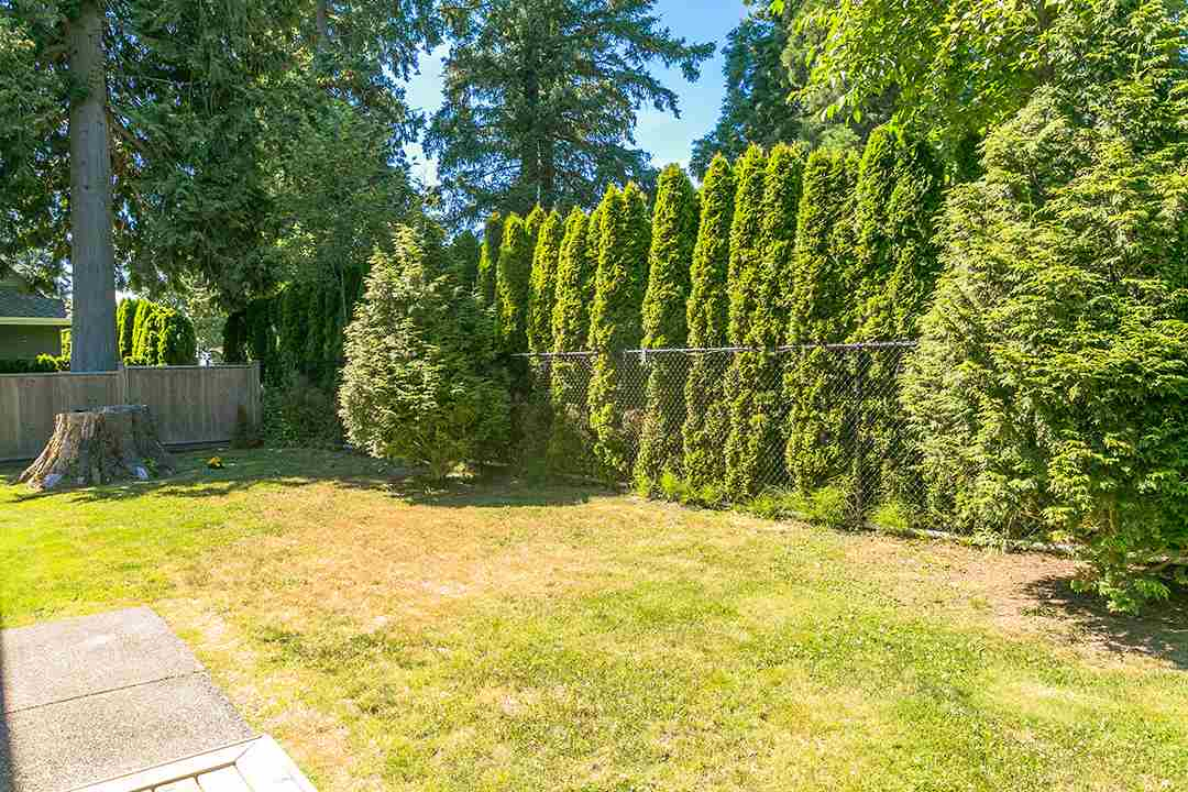 Detached at 2118 INDIAN FORT DRIVE, South Surrey White Rock, British Columbia. Image 13