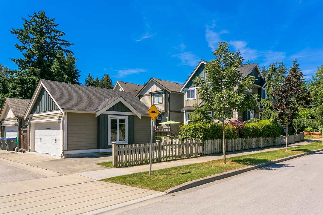 Detached at 17242 2 AVENUE, South Surrey White Rock, British Columbia. Image 19