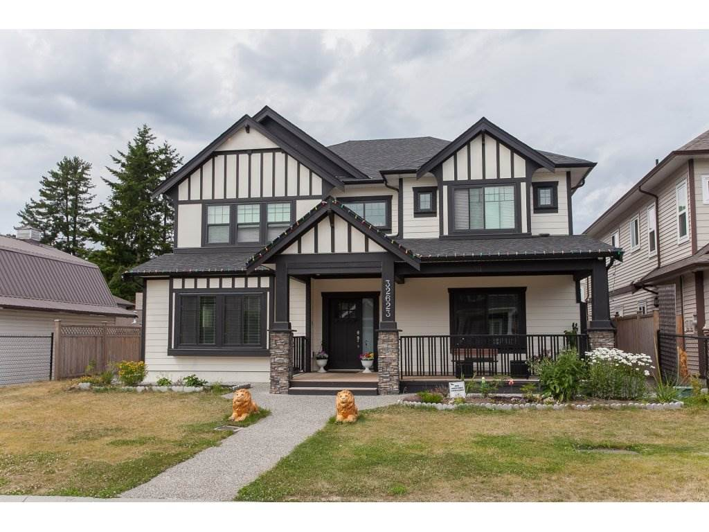 Detached at 32623 LISSIMORE AVENUE, Mission, British Columbia. Image 1