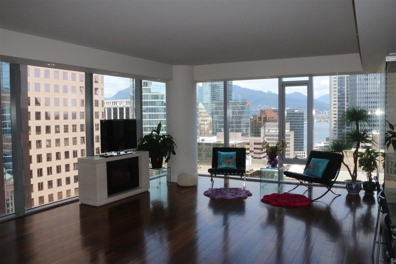 Condo Apartment at 2002 667 HOWE STREET, Unit 2002, Vancouver West, British Columbia. Image 9