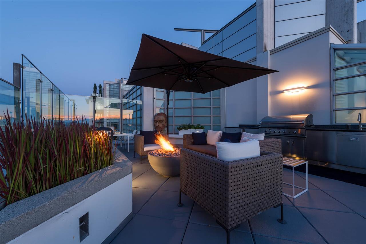 Condo Apartment at 2902 565 SMITHE STREET, Unit 2902, Vancouver West, British Columbia. Image 3