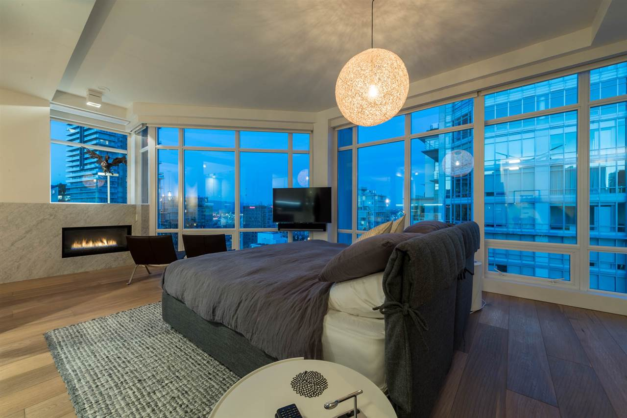 Condo Apartment at 2902 565 SMITHE STREET, Unit 2902, Vancouver West, British Columbia. Image 12
