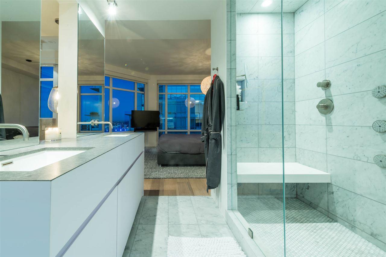 Condo Apartment at 2902 565 SMITHE STREET, Unit 2902, Vancouver West, British Columbia. Image 15