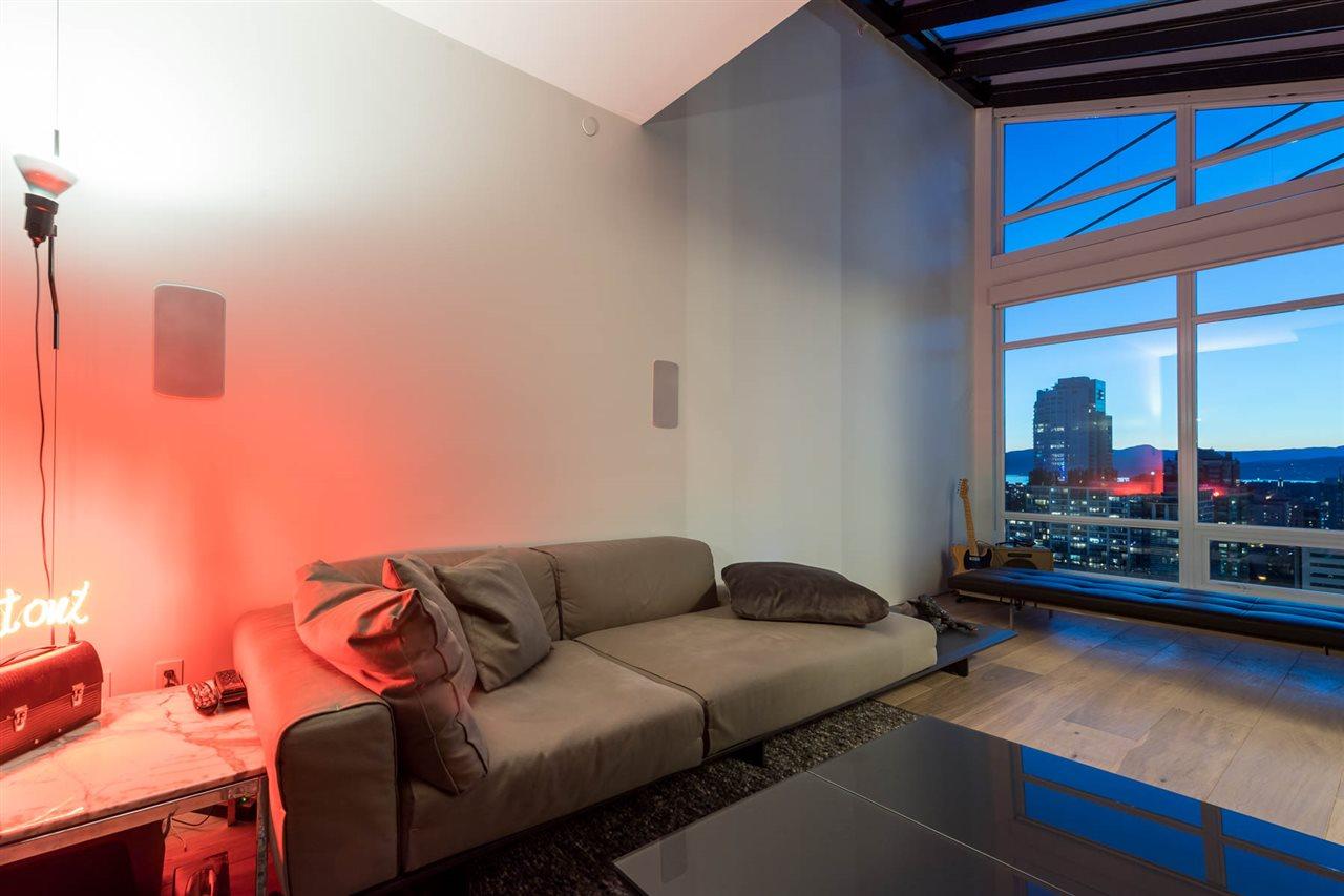 Condo Apartment at 2902 565 SMITHE STREET, Unit 2902, Vancouver West, British Columbia. Image 17