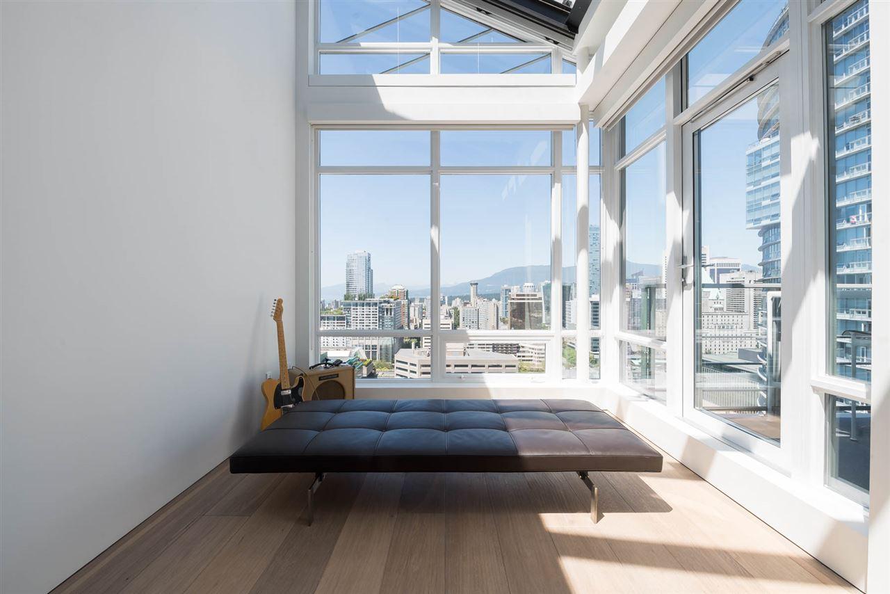 Condo Apartment at 2902 565 SMITHE STREET, Unit 2902, Vancouver West, British Columbia. Image 18
