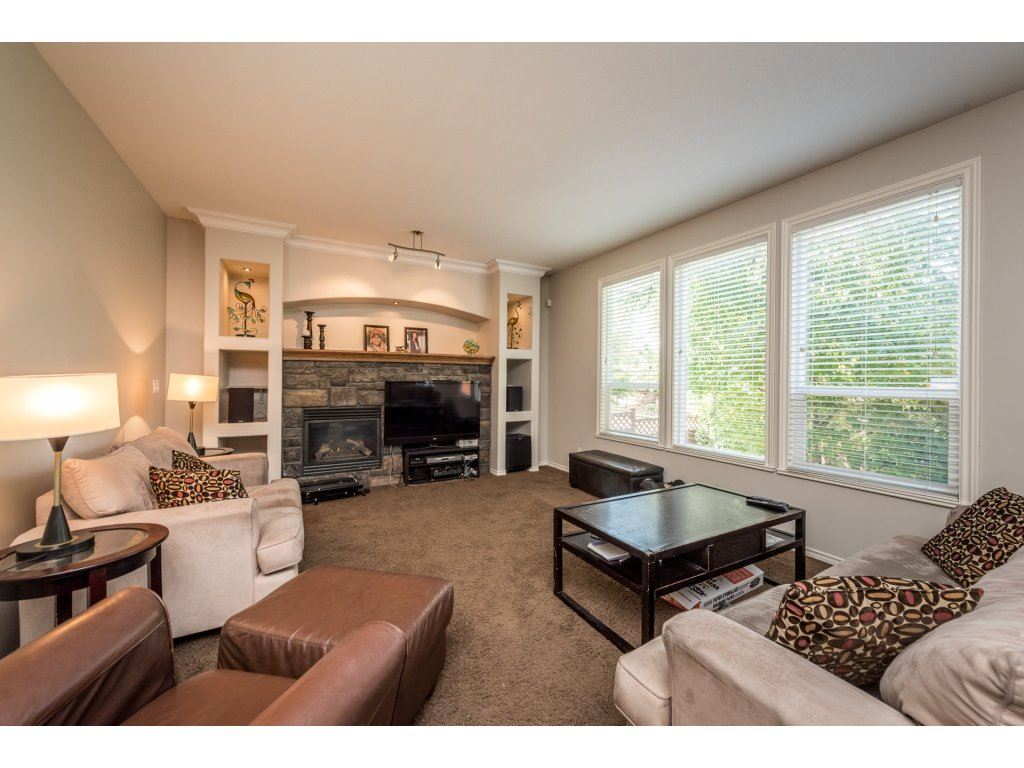 Detached at 18917 69A AVENUE, Cloverdale, British Columbia. Image 6