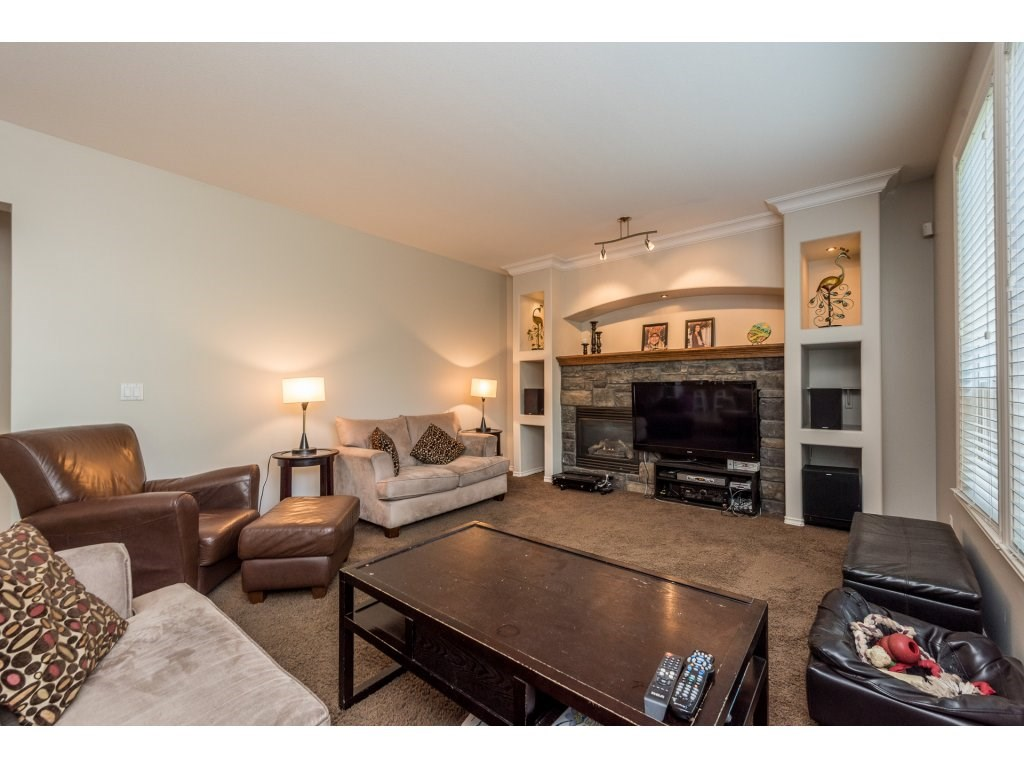 Detached at 18917 69A AVENUE, Cloverdale, British Columbia. Image 7
