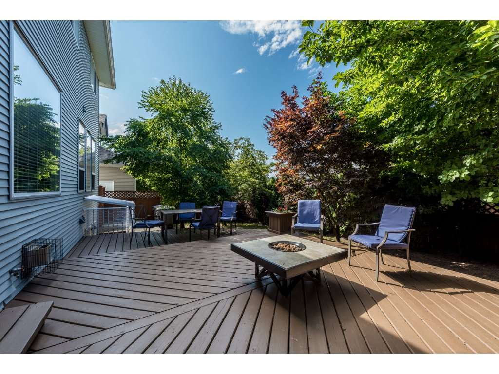 Detached at 18917 69A AVENUE, Cloverdale, British Columbia. Image 17