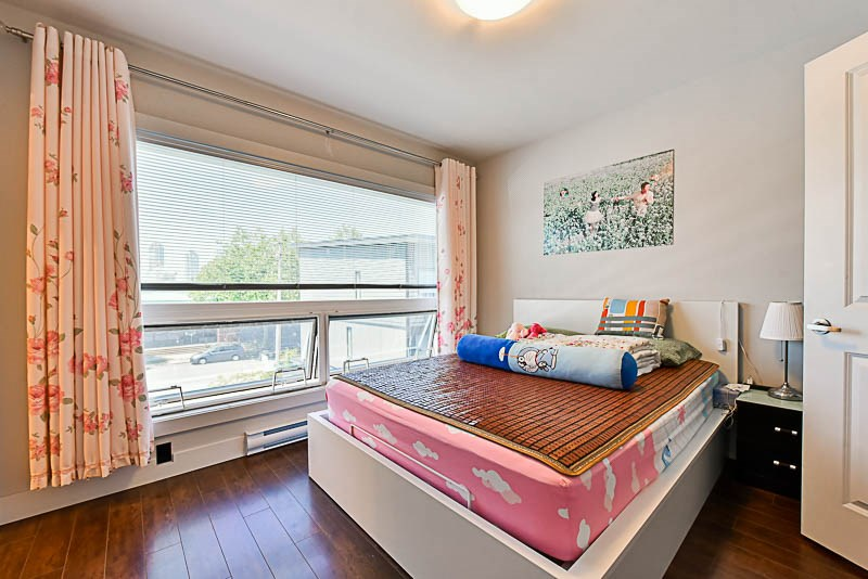 Townhouse at H 6688 DUFFERIN AVENUE, Unit H, Burnaby South, British Columbia. Image 8