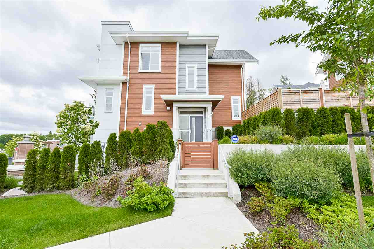 Townhouse at 1 15918 MOUNTAIN VIEW DRIVE, Unit 1, South Surrey White Rock, British Columbia. Image 1