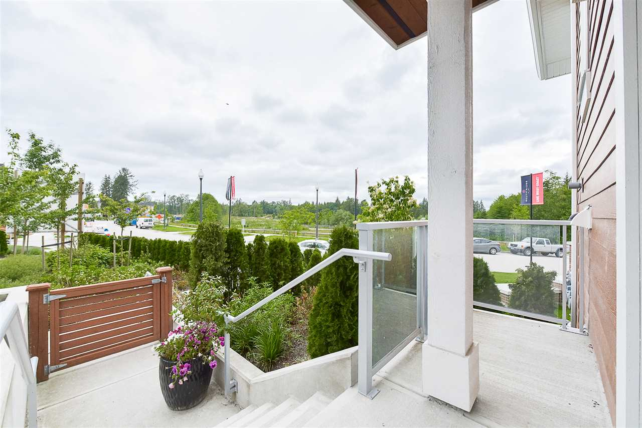 Townhouse at 1 15918 MOUNTAIN VIEW DRIVE, Unit 1, South Surrey White Rock, British Columbia. Image 4